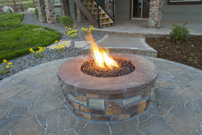 Prepare Your Yard for a Fire Pit with Some Landscaping