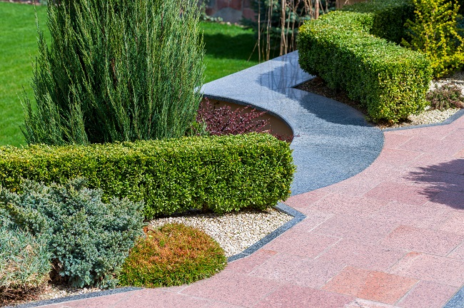 3 Great Reasons To Incorporate Shrubs Into Your Landscape Design